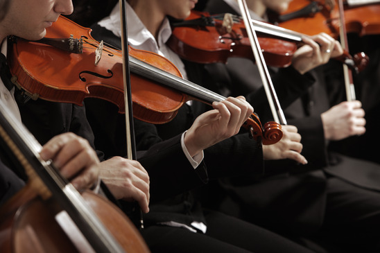 Classical-music-Violinists-concert